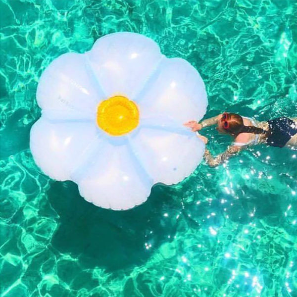 Giant Glitter Daisy Float Lounger 2